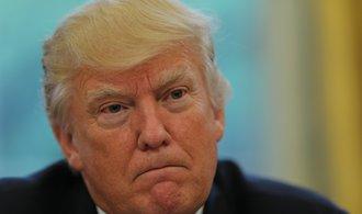 Foxconn se bojí Trumpa, raději investuje v USA