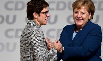 Po Merkelové přichází digitální AKK. Kdo je nová lídryně nejsilnější německé strany?