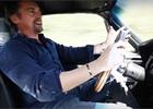Richard Hammond je zpět za volantem. Podívejte se!