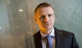 Miliard�� Kr�pa o akci�ch Monety: GE se narychlo zbavila pod�lu, proto�e se n�s boj�