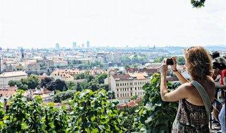 Přistěhovalcům se Praha vyplatí, patří mezi města s nejnižšími životními náklady