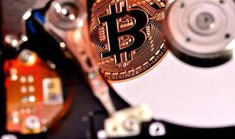 Altcoiny zkoušejí přetlačit bitcoin, jejich význam postupně roste