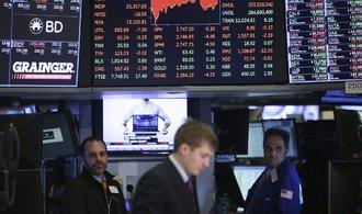 Akciové indexy ve Spojených státech oslabil pád Facebooku