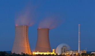 Hitachi zmrazila projekt výstavby jaderné elektrárny v Británii, obává se brexitu