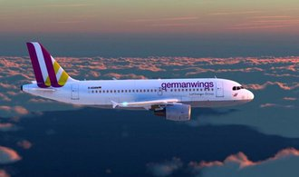 Letadla Germanwings a Eurowings z�stanou v�t�inou na zemi, palubn� person�l st�vkuje