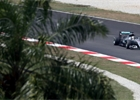 Ve druh�m tr�ninku byl v Malajsii nejrychlej�� Hamilton