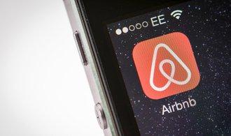 Aplikace Airbnb neinformuje o cenách správně, uvedla Evropská komise