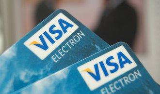 Pohledem Tomáše Prouzy: Platím, platíš, platíme. Kartou nejlépe