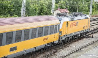 Slovensk� ��ady vyrukovaly na Jan�ur�v RegioJet. Nezvl�dal �pi�ky