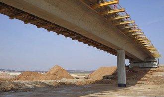 Ťok vzývá rok 2025. Slibuje dálnice do Polska a Rakouska