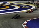 Technick� novinky po letn� p�est�vce: Trik Mercedesu i velk� bal�k Sauberu