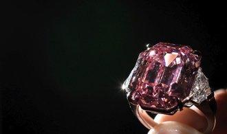 Diamant Pink Legacy míří do dražby. Vyjít by mohl až na 1,2 miliardy korun