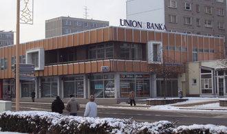 B�val� klienti Union banky by nem�li obdr�et dodate�n� od�kodn�n�, navrhuje skupina poslanc� �SSD