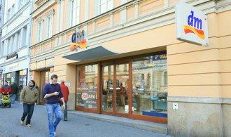 Řetězec obchodů s drogistickým zbožím dm drogerie markt zvýšila tržby o osm procent