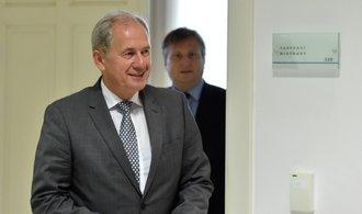 Zemanovy výroky připomínaly výměnný obchod, řekl soudce Baxa