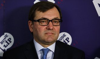 Europoslanec Ježek končí spolupráci s ANO, nesouhlasí s podporou Zemana