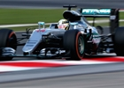 Posledn� tr�nink v Malajsii ovl�dl Hamilton, Verstappen druh�