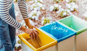 Dohodnuto: Státy EU připravily zákaz jednorázových plastových výrobků