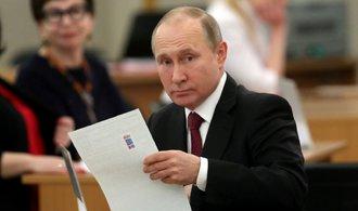 Putin nasbíral více hlasů než při minulých volbách