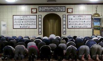 Čína se potýká s radikálním islámem, zabavila už miliony pasů