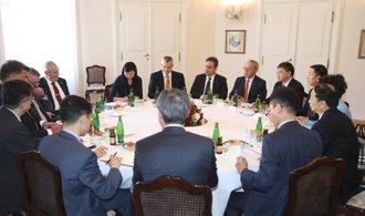 Čínské konglomeráty CEFC a CITIC v Evropě vytvoří společný podnik, tvrdí Mynář