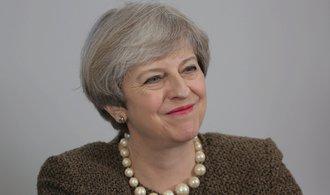 Británie zahájila odchod z EU. Sobotka hodlá bojovat za práva Čechů na Britských ostrovech