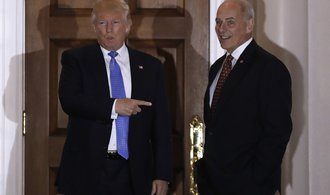 Trump prý chystá další vládní změnu, propustí také Kellyho