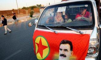 Iráčtí Kurdové hlasovali o nezávislosti, Turecko hrozí intervencí