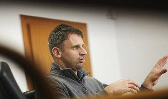 Kvůli chatě na Lipně chce opozice Zimolův konec