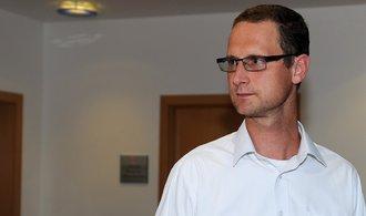Exmanažera Fotbalové asociace Syneckého obvinili kvůli Peltovým odposlechům