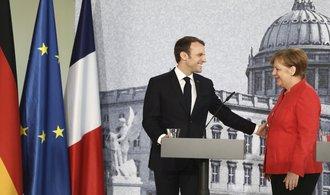 Merkelová a Macron se shodli na užší zahraniční spolupráci v EU