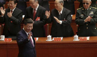 Čínský prezident napodobil Mao Ce-tunga, jeho ideologii zařadí strana do svých stanov