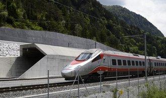 Gotthardský železniční tunel byl plně zprovozněn, je nejdelší na světě