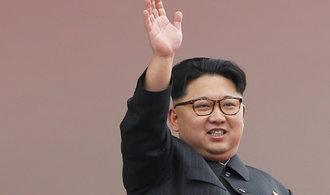 Košťata, sudy i pivo. Přečtěte si, co Česko vyváží do Severní Koreje