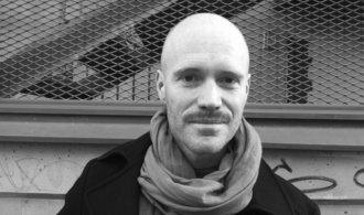 Hudba má v Africe sílu měnit režimy, říká švédský režisér Lars Lovén