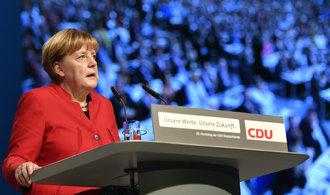 Merkelová: Vracet migranty rovnou z německých hranic? Jsem připravena se státy jednat