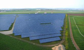 Nové solární elektrárny prolomí příští rok hranici sta gigawattů