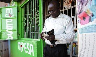 Mobilní bankovnictví pomáhá v Keni odstraňovat chudobu, tvrdí studie