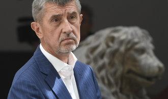 Komentář Bohumila Pečinky: Popravy v přímém přenosu