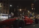 Video: Vozy F1 v ulicích Adelaide