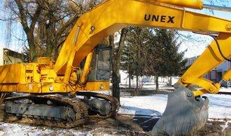 Výrobci obřích rypadel Unex spadly loni tržby i zisk