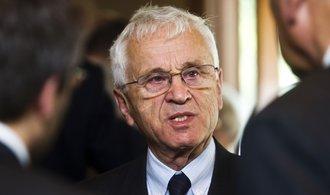 Češi si pletou demokracii se svobodou jezdit na Bahamy, říká Josef Mašín