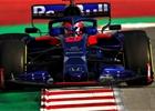 Ve středu byl v Katalánsku nejrychlejší Kvjat, Williams poprvé na trati