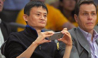 Čínská Alibaba chce vybudovat globální logistickou síť, investuje přes 331 miliard korun