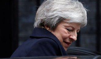 PROFIL: Příliš svá Mayová. Z britské premiérky je opuštěná tygřice
