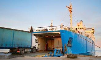 Západ jedná s Ukrajinou o sankcích na ruské přístavy, reagují tak na výstavbu Krymského mostu