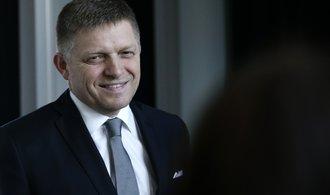 'Nevěřím v zázračnou ruku trhu', řekl Fico. Sociální jistoty chce zanést do slovenské ústavy