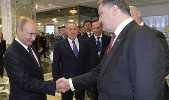Porošenko varuje: Ukrajině hrozí ruský útok