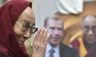 Pro setkání s dalajlamou neexistuje omluva, varuje Peking