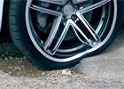 Michelin vyvíjí pružné disky. Skoncují s nepohodlím a prorážením gum